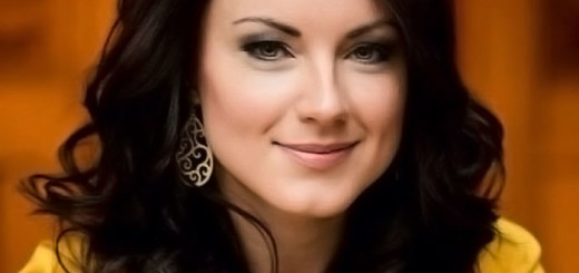 Anita Hartig è Susanna
