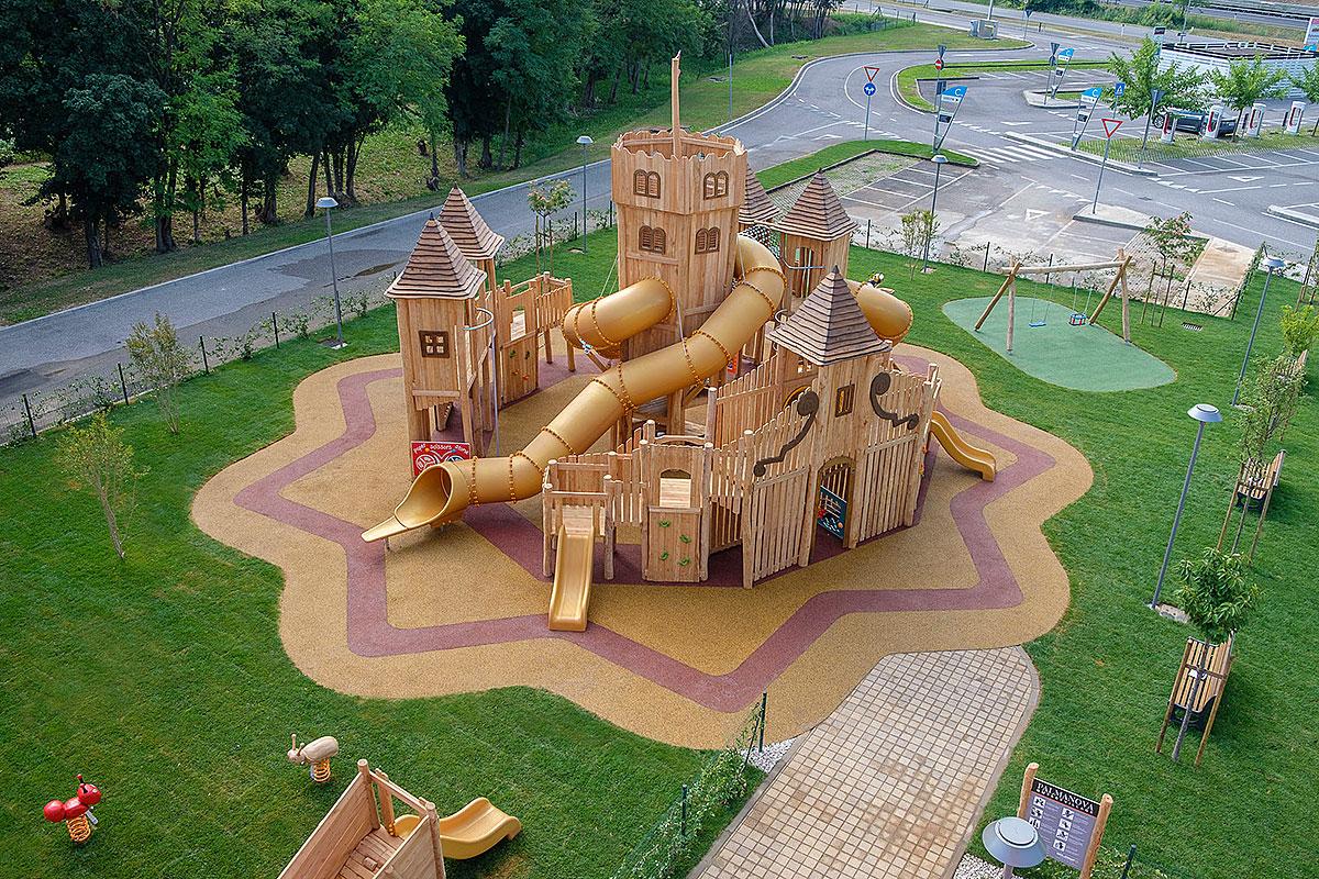 Palmanova Outlet Village, arriva il nuovissimo parco gioco per ...