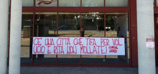 Curva Nord Trieste striscione Genova