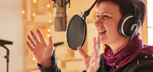 Paola Rossato - Good Vibrations Entertainment