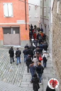 piazzetta san silvestro - turisti - trieste