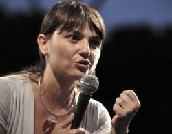 Debora Serracchiani in una foto d'archivio. ANSA / GUIDO MONTANI / PAL