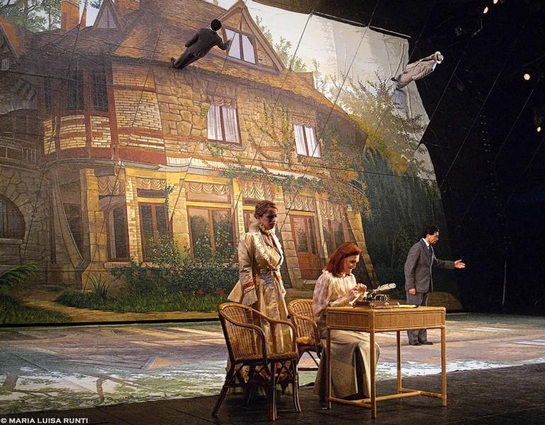 Trieste la traviata degli specchi conquista il pubblico - Osteria degli specchi ...
