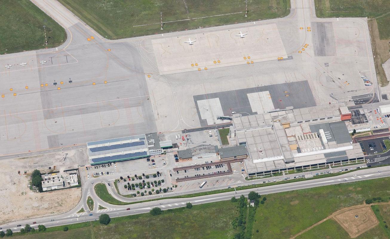 Aeroporto Ronchi : Trieste « tag aeroporto