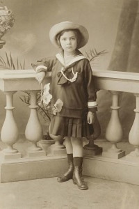 Leonor-Fini-da-bambina