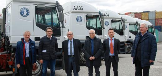 D'Agostino con vertici Alpe Adria e Autamarocchi durante la consegna dei nuovi mezzi