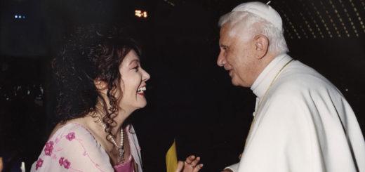 Mika Kunii e Papa Benedetto XVI
