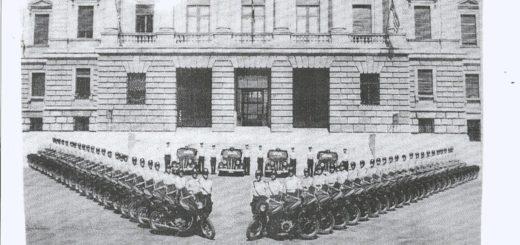 Polizia Civile Trieste davanti al Tribunale