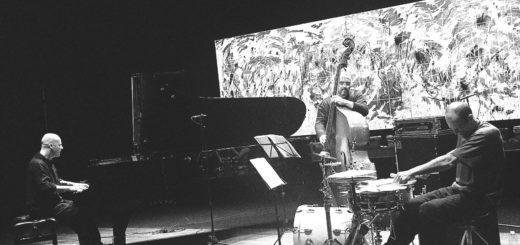 Stefano Battaglia in trio