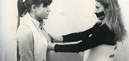 """Sanja Iveković, """"Inaugurazione alla Tommaseo"""", (performance), 1977 courtesy Studio Tommaseo"""