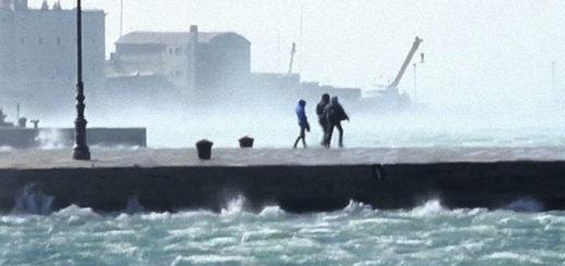 Bora Trieste molo