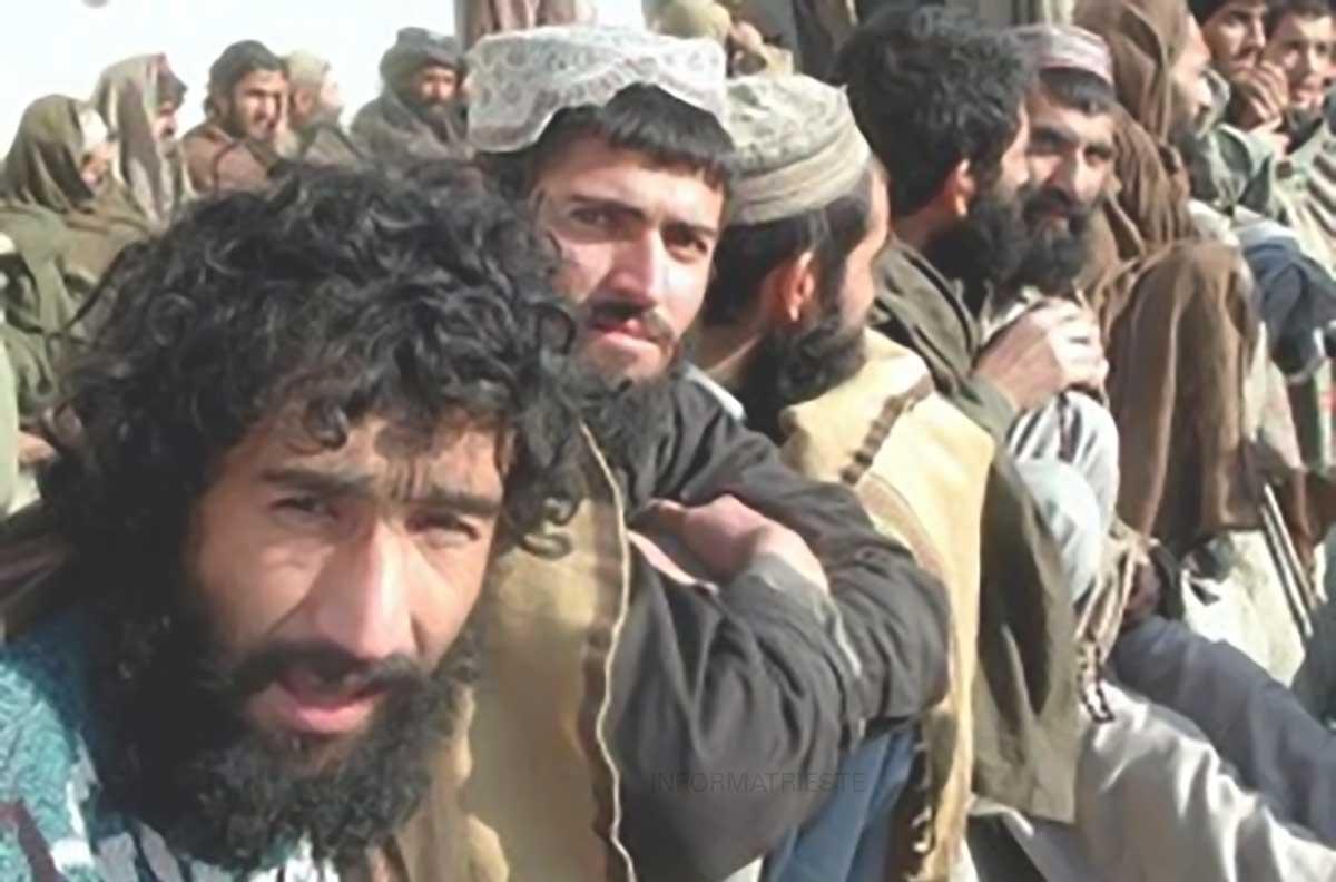 migranti afgani pakistani