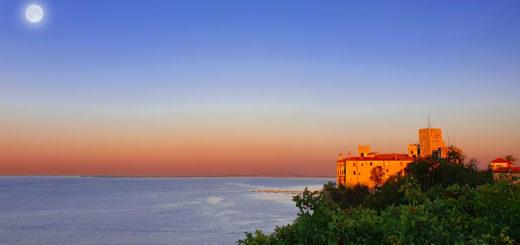sentiero Rilke alba luna castello di Duino