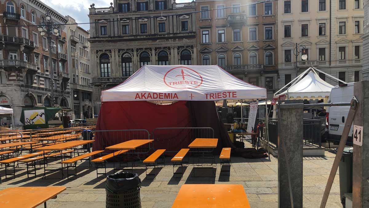 Piazza Austria - Akademia Trieste