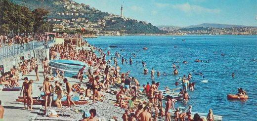 Trieste Barcola topolini bagnanti