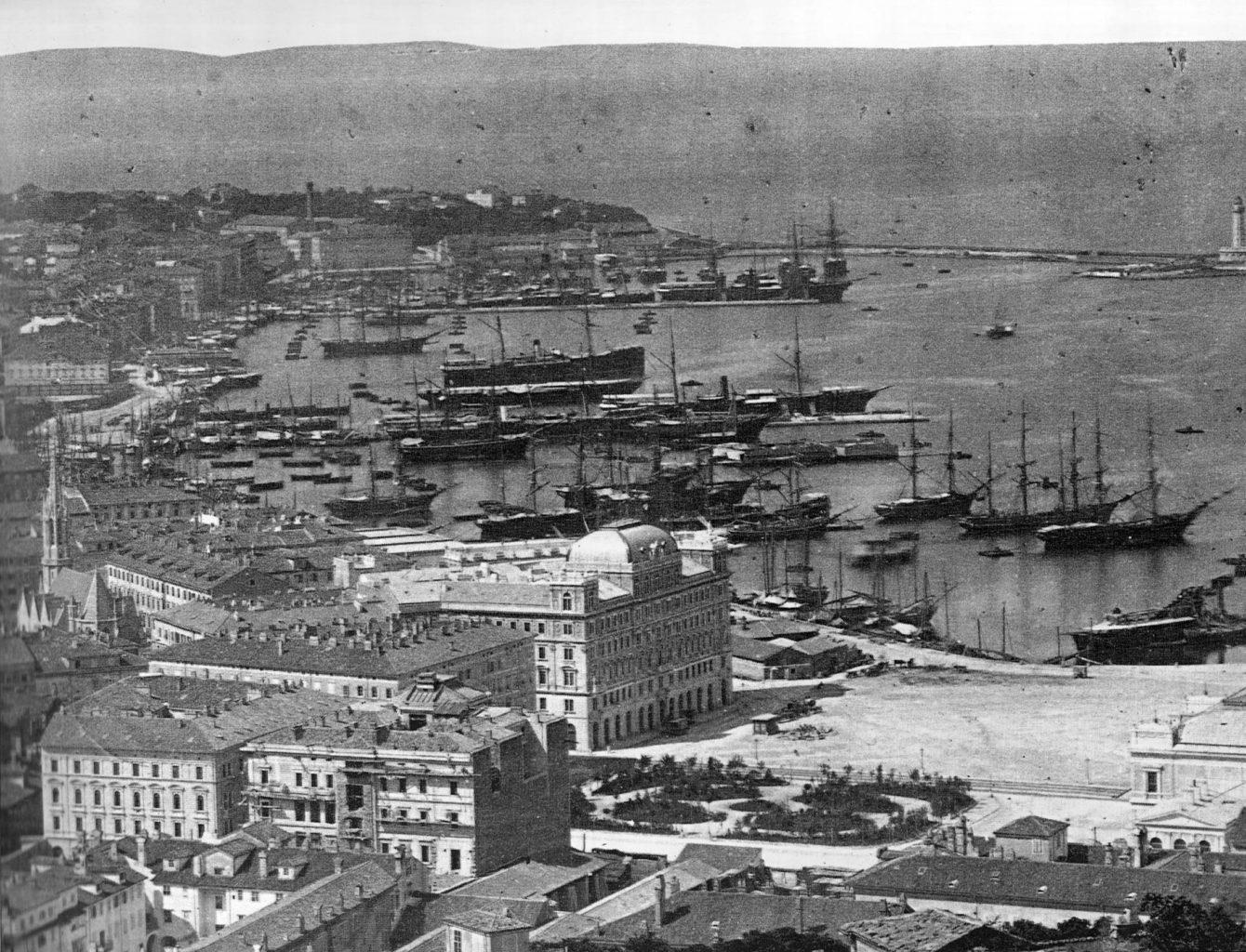 Veduta di Trieste e le rive nel 1885