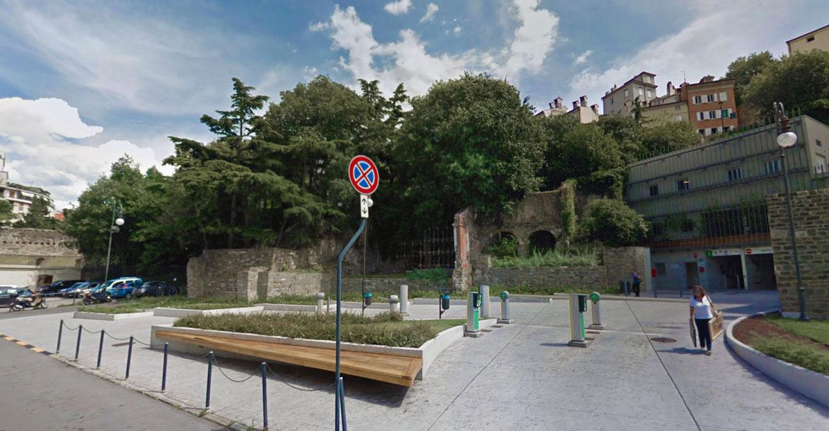 Park San Giusto via del Teatro Romano - Trieste