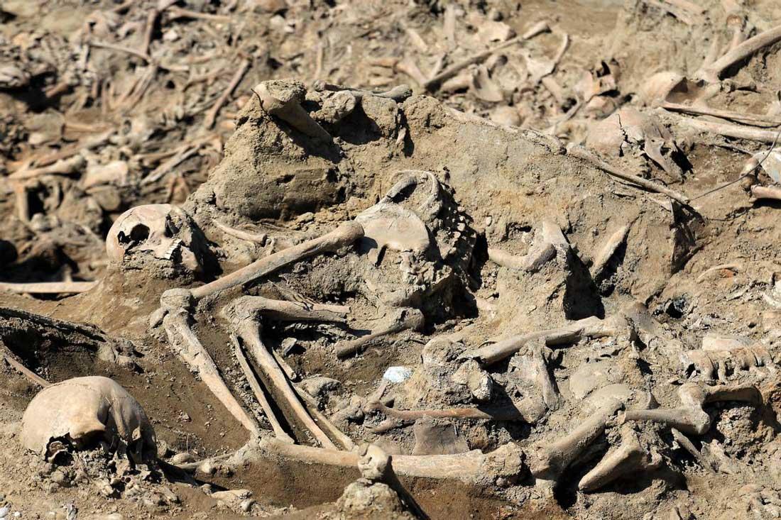resti umani a Mokrice Slovenia