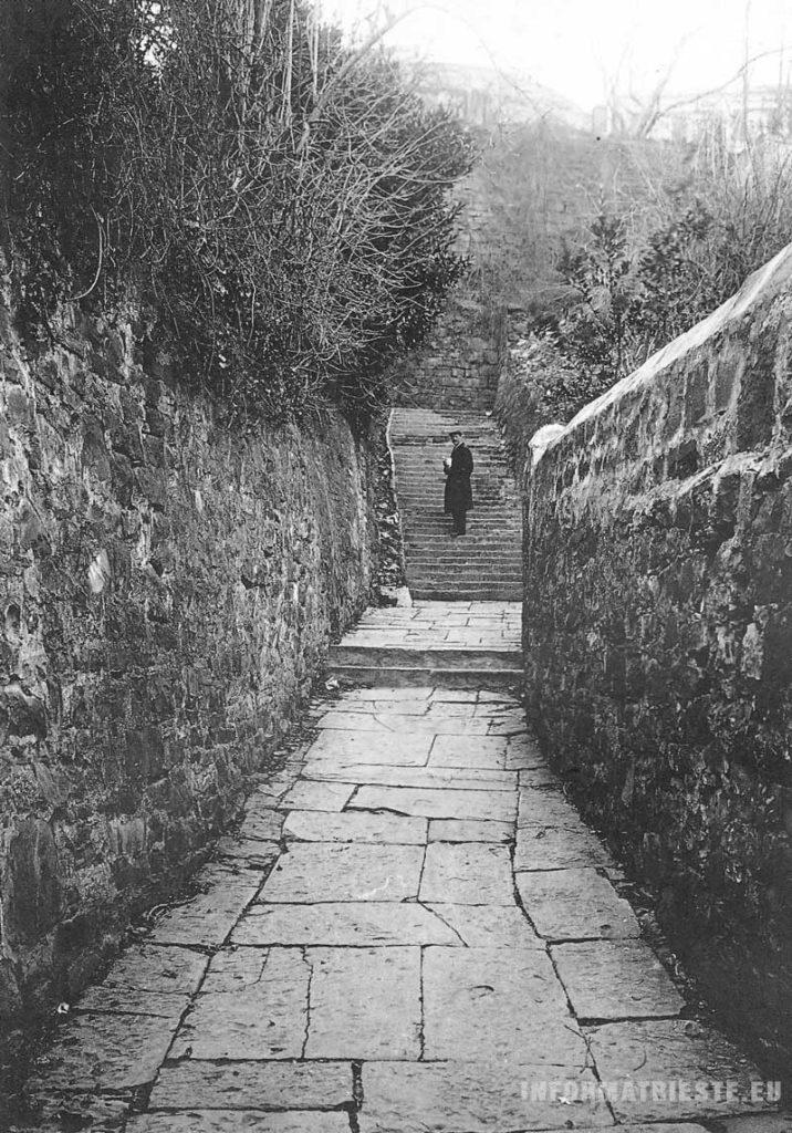 vicolo Santa Chiara Trieste