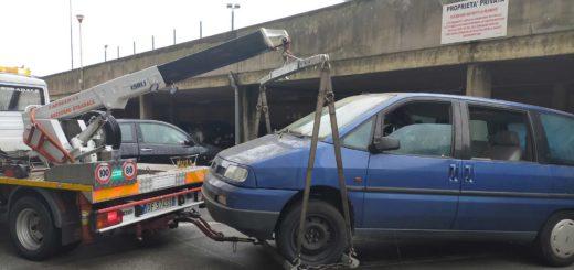 rimozione auto case dei puffi borgo san sergio trieste via grego