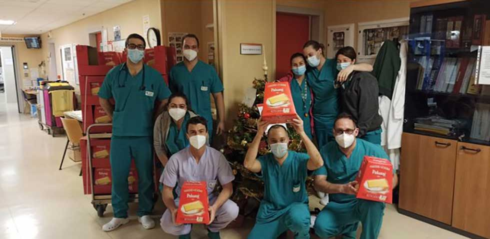 pandoro Paluani dono Asugi operatori sanitari ospedale Maggiore di Trieste