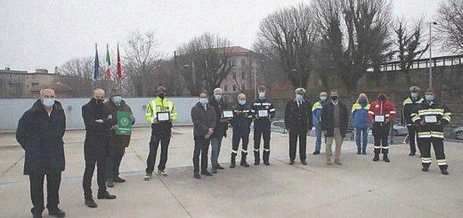 premiazione volontari Protezione Civile