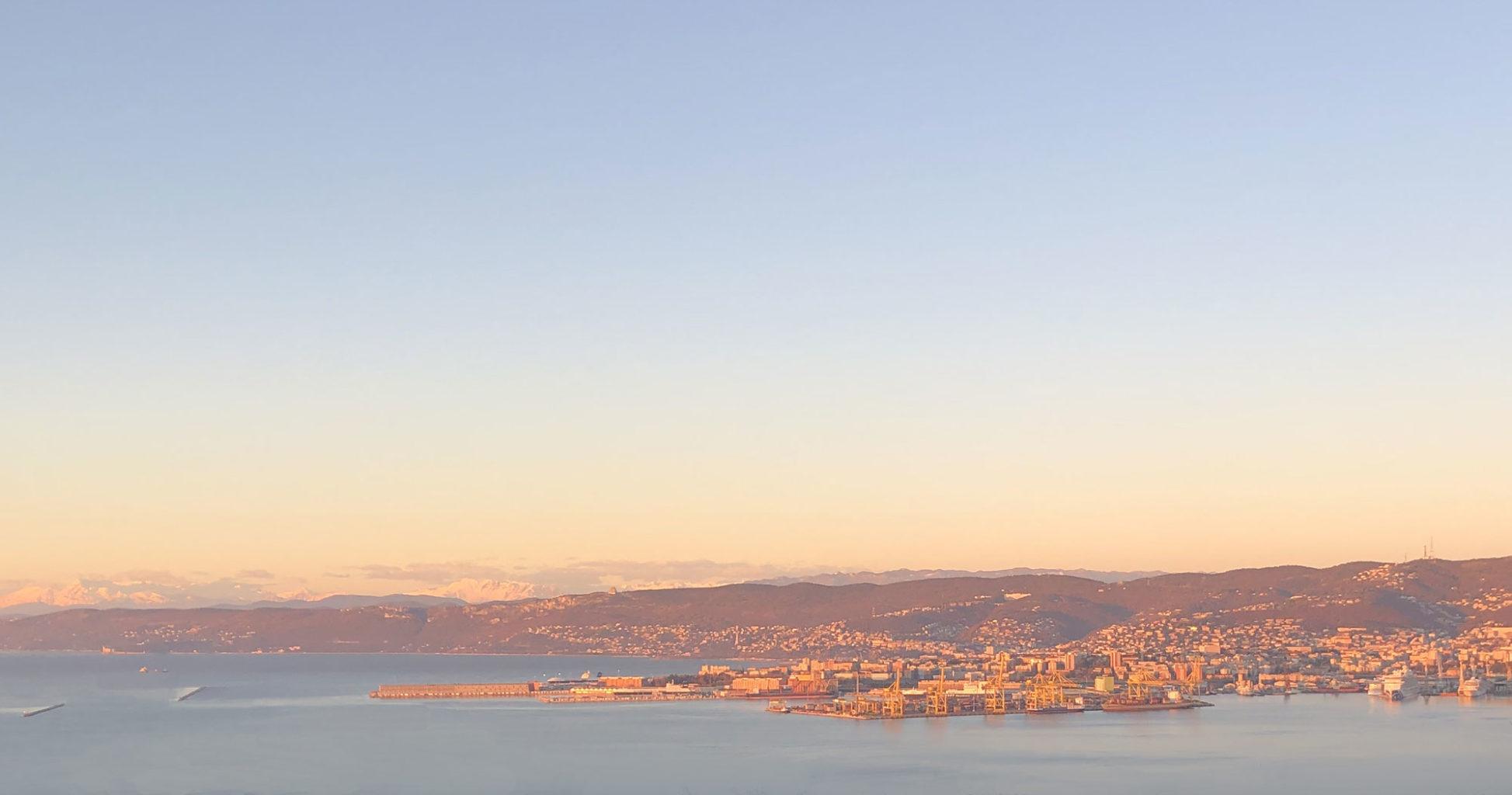 Trieste tramonto panorama