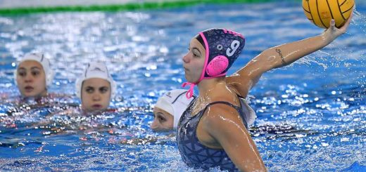 Dafne Bettini orchette pallanuoto Trieste