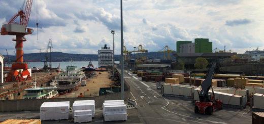 operazioni portuali trieste