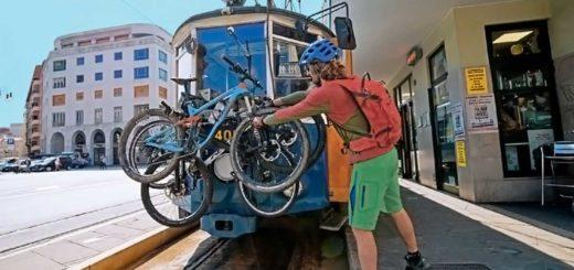 Tram biciclette piazza Oberdan Trieste