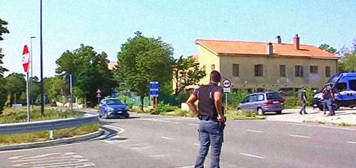 Polizia controllo frontiera