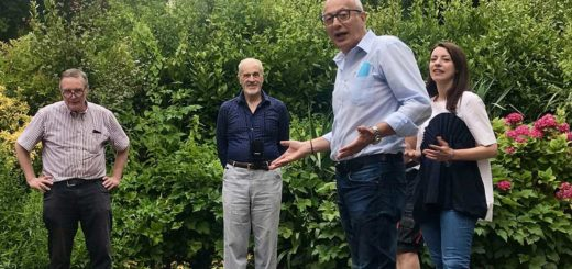 Giorgio Cecco in giardino